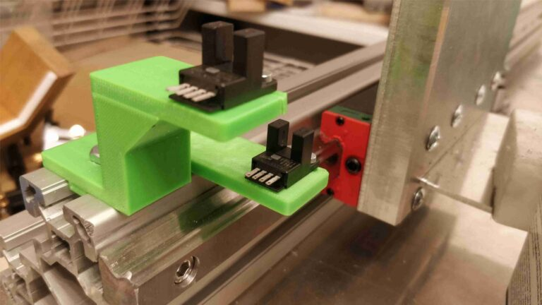 czujniki krancowe osi y 768x432 - Budujemy laser