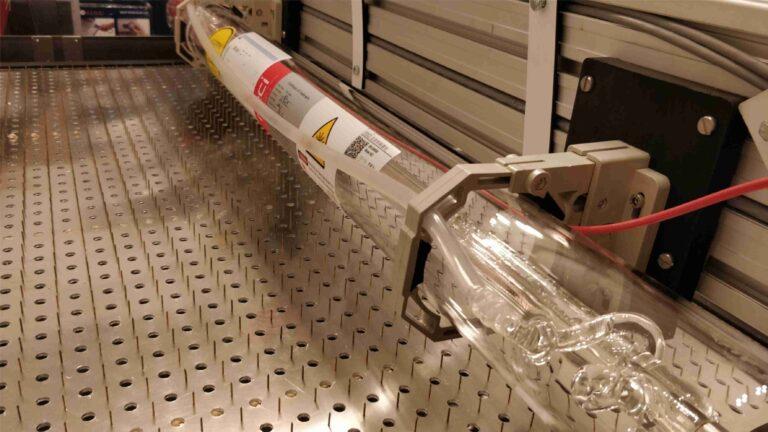 zamontowana tuba CO2 2 768x432 - Budujemy laser